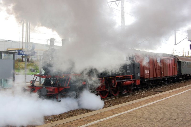 Die 64 419 im Bahnhof Waiblingen 0711