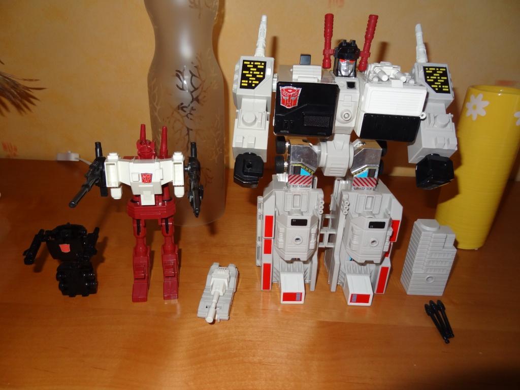 L'alliance Gobots/Transformers débarquent dans le 71 ! - Page 5 Dsc02127