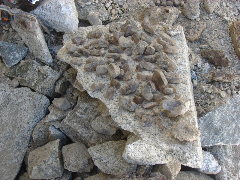 Quartz & minéraux du massif du Mont Blanc secteur Argentière Dsc02010