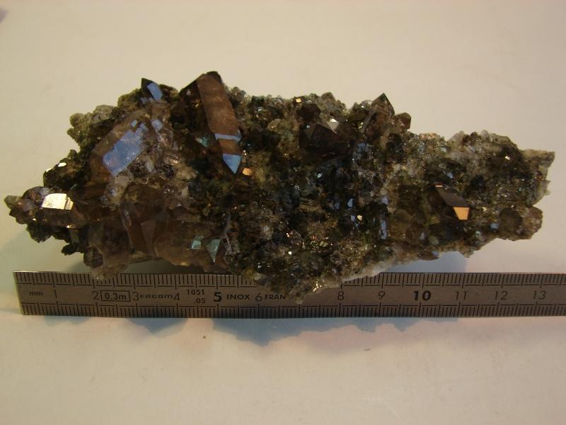 Quartz & minéraux du massif du Mont Blanc secteur Argentière Dsc02219