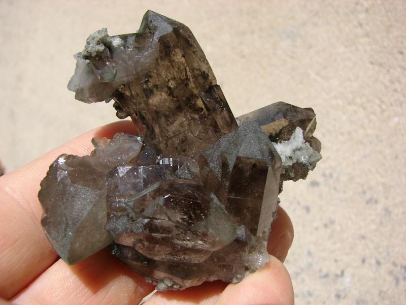 Quartz & minéraux du massif du Mont Blanc secteur Argentière Dsc05914