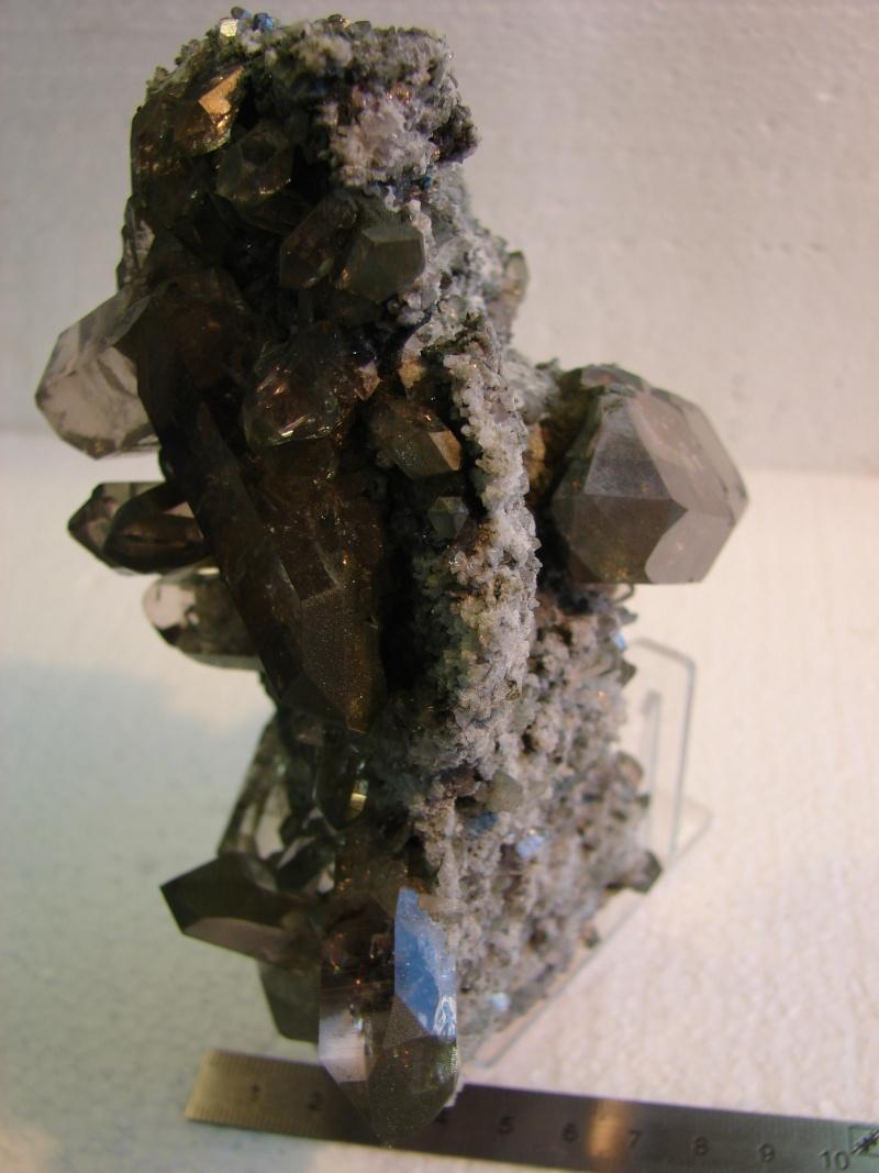 Quartz & minéraux du massif du Mont Blanc secteur Argentière Dsc06025