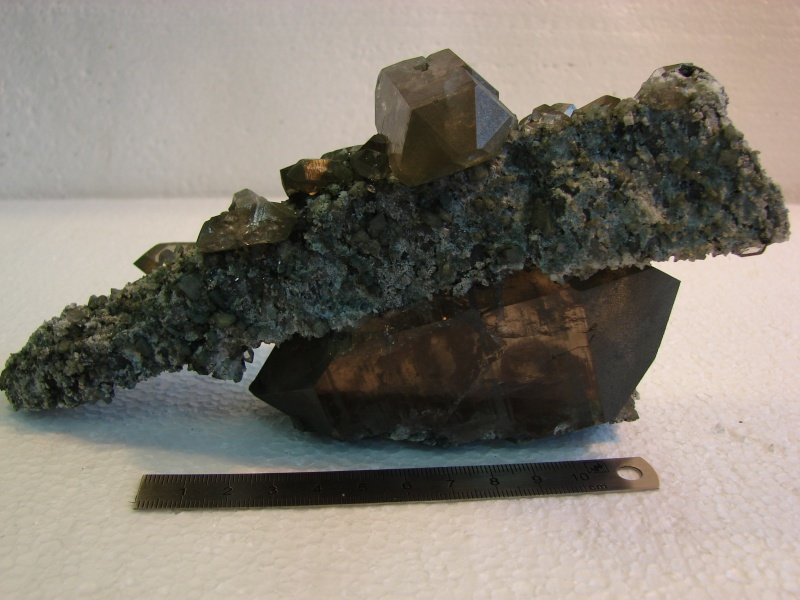 Quartz & minéraux du massif du Mont Blanc secteur Argentière Dsc06028