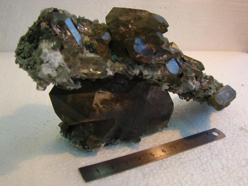 Quartz & minéraux du massif du Mont Blanc secteur Argentière Dsc06029
