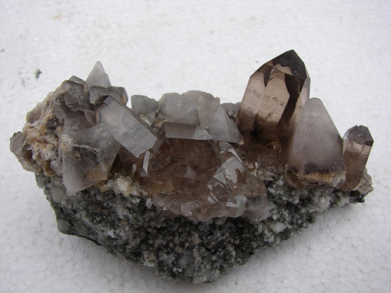 Quartz & minéraux du massif du Mont Blanc secteur Argentière Dsc06036