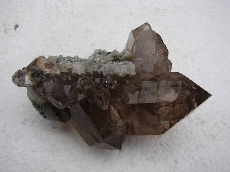 Quartz & minéraux du massif du Mont Blanc secteur Argentière Dsc06037
