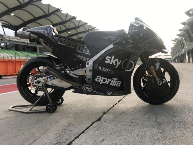 la RS GP 2020 Aprilia MOTOGP ici !!! Img_2032
