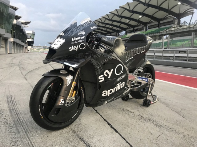 la RS GP 2020 Aprilia MOTOGP ici !!! Img_2033