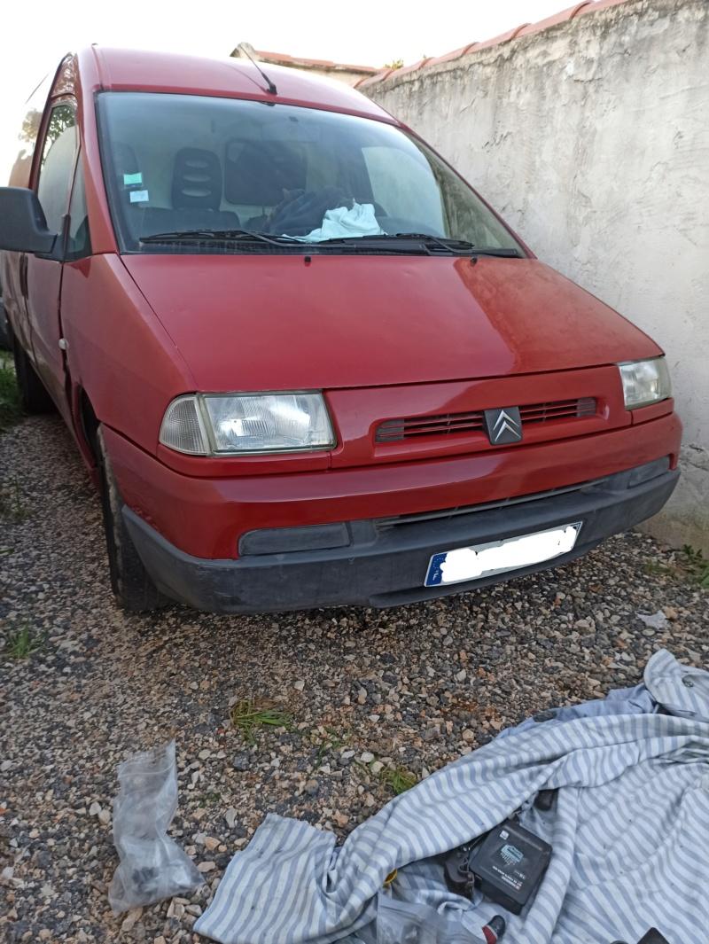 Le Citroën Jumpy de REDMAN : Améliorations, remise à neuf, astuces... - Page 3 Img_2040