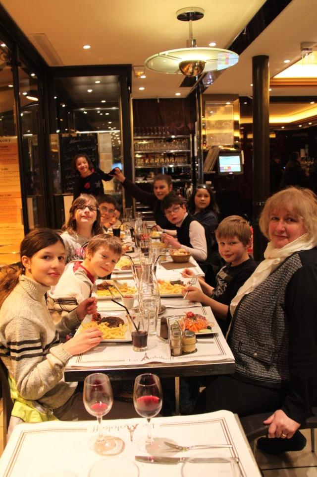Une semaine à Paris pour un groupe de jeunes du Freihof à Wangen  Ob_15111