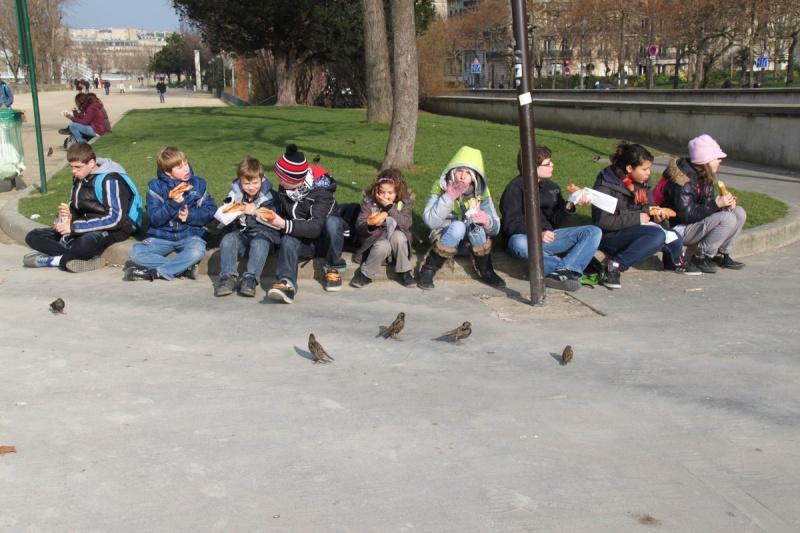 Une semaine à Paris pour un groupe de jeunes du Freihof à Wangen  Ob_87a10