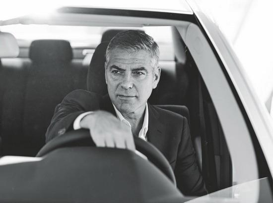 George Clooney George Clooney George Clooney! - Page 2 Http3a11