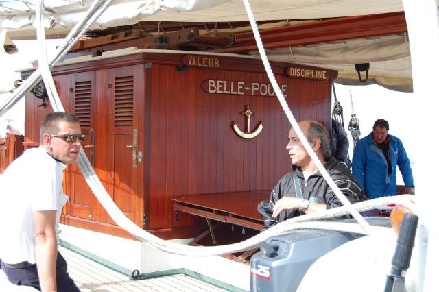 L'ÉTOILE ET LA BELLE-POULE (BE) - Page 3 Belle_12
