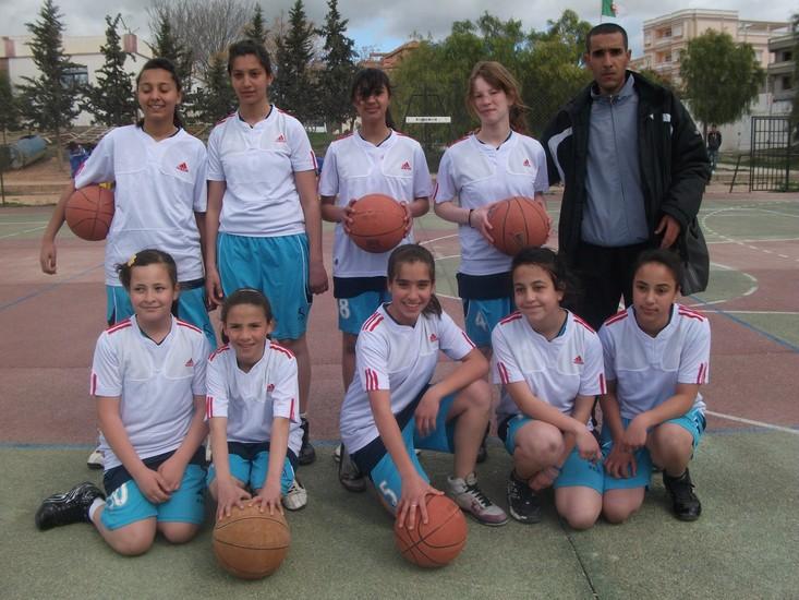 دورة في كرة السلة بعين مليلة  Tournoi de Basket-Ball à Ain M'lila   Usa_ba10