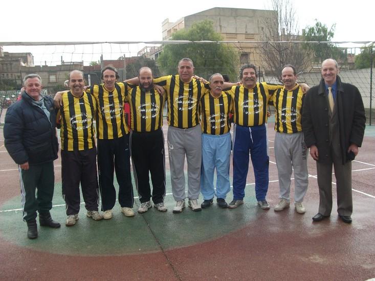 Histoire, sport et retrouvailles Volley10