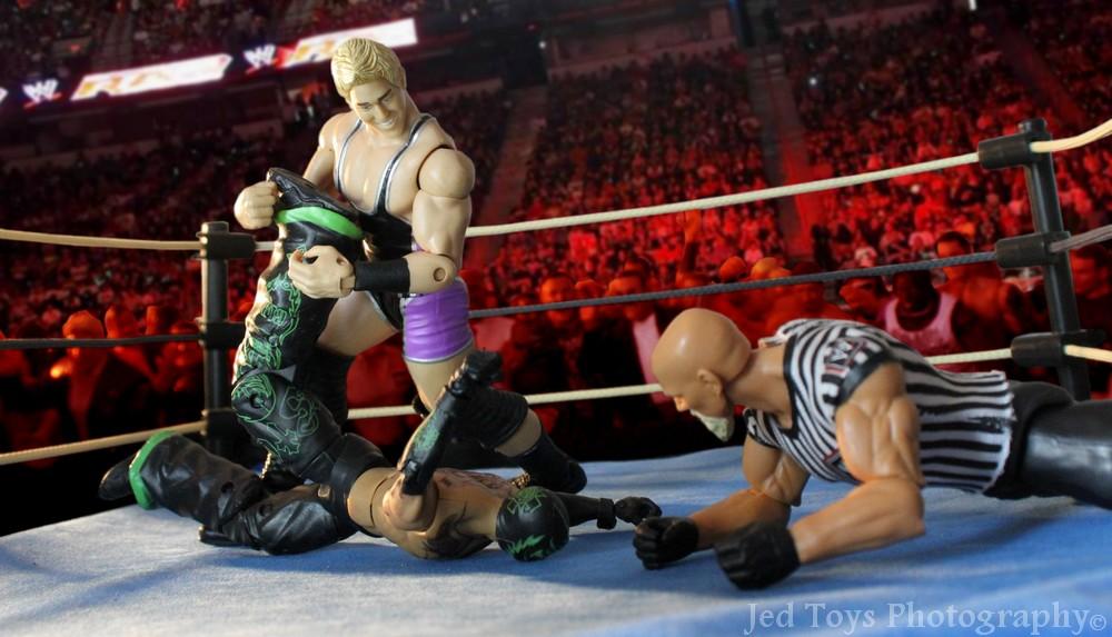WWE Basic Figures Série 02 (2010) 007_wr10