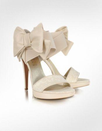 Këpucët e nuses! - Faqe 4 654