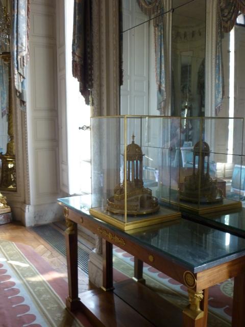 Exposition : Le surtout offert par Charles IV à Napoléon 1er P1050415