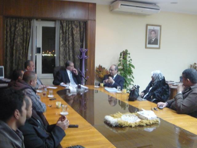 إجتماع مع السيد المستشار ماجد الشربيني  لمناقشة قضية أرض النادي P1030217