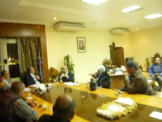 إجتماع مع السيد المستشار ماجد الشربيني  لمناقشة قضية أرض النادي P1030314