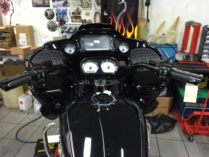 ROAD GLIDE 2015  - Page 24 Img_2019