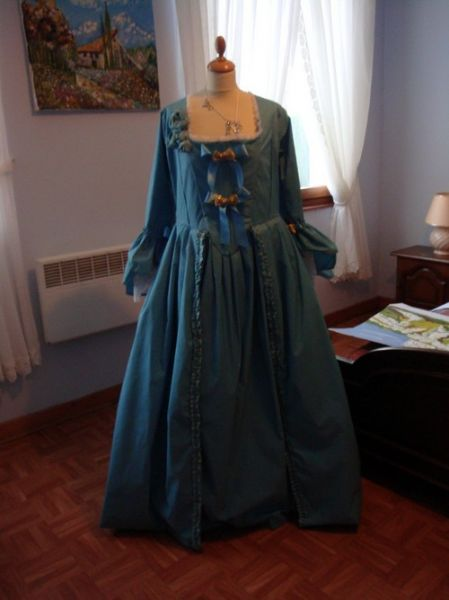 patron robe marie-antoinette Robema10
