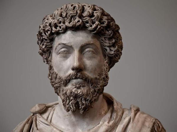 ماركوس أوريليوس أشهر أباطرة التاريخ اليوناني  Marcus10