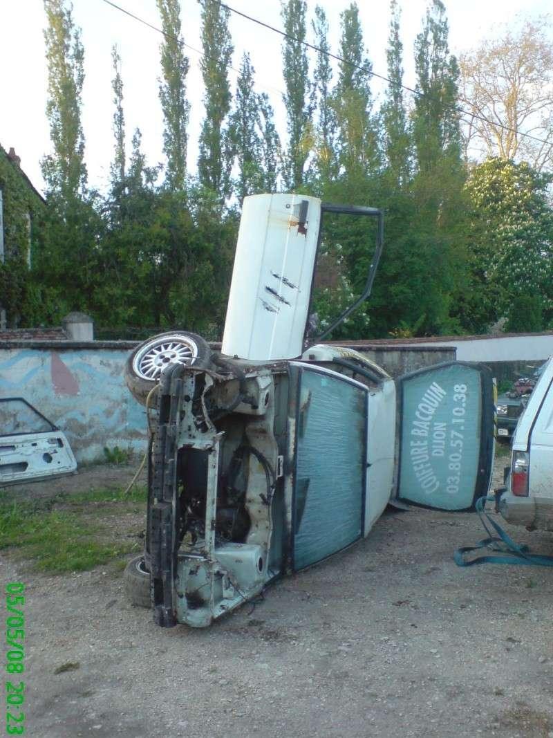 Vos photos de la casse ou du ferrailleur !!! - Page 2 Dsc00712
