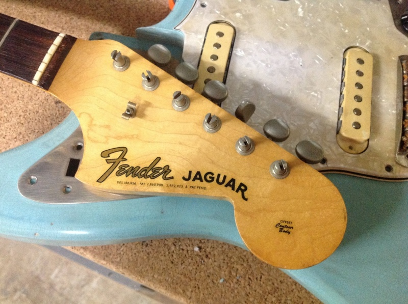 chose promise...chose dûe...voici ma fender jaguar de 1962 19569110