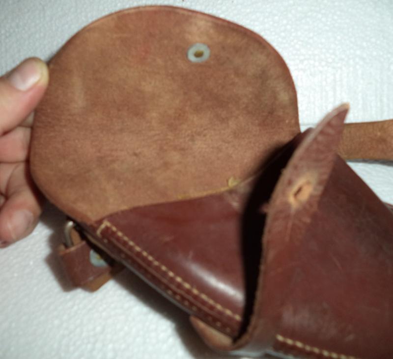Canadian WW1 leather belt & leather shoulder holster  2013-017