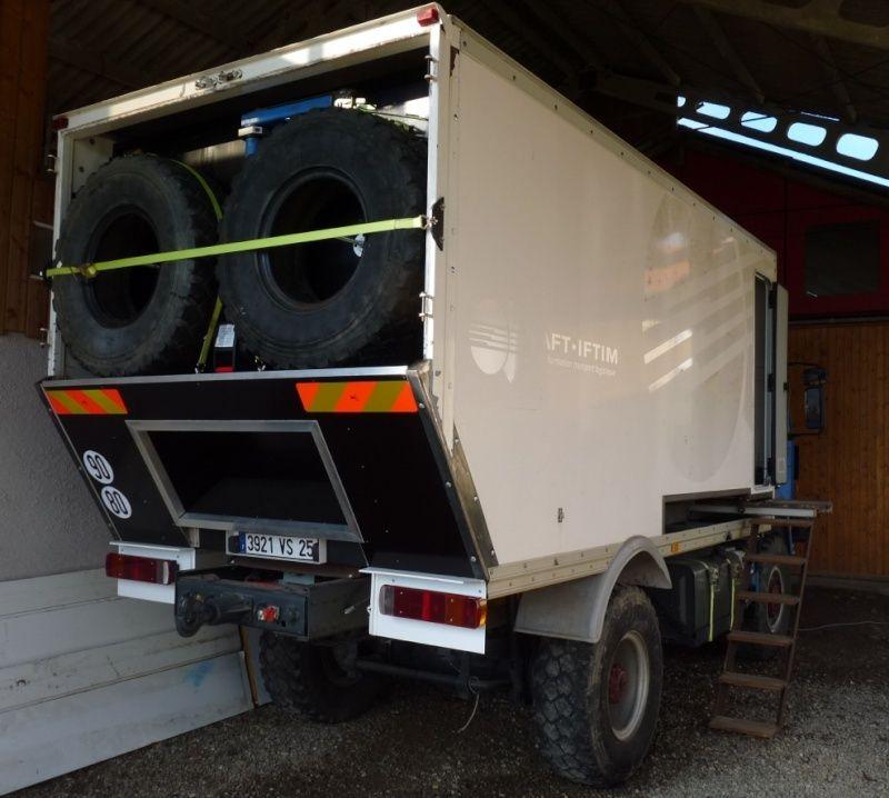 camping car à partir d'un Renault 110-170 4x4 : Z310