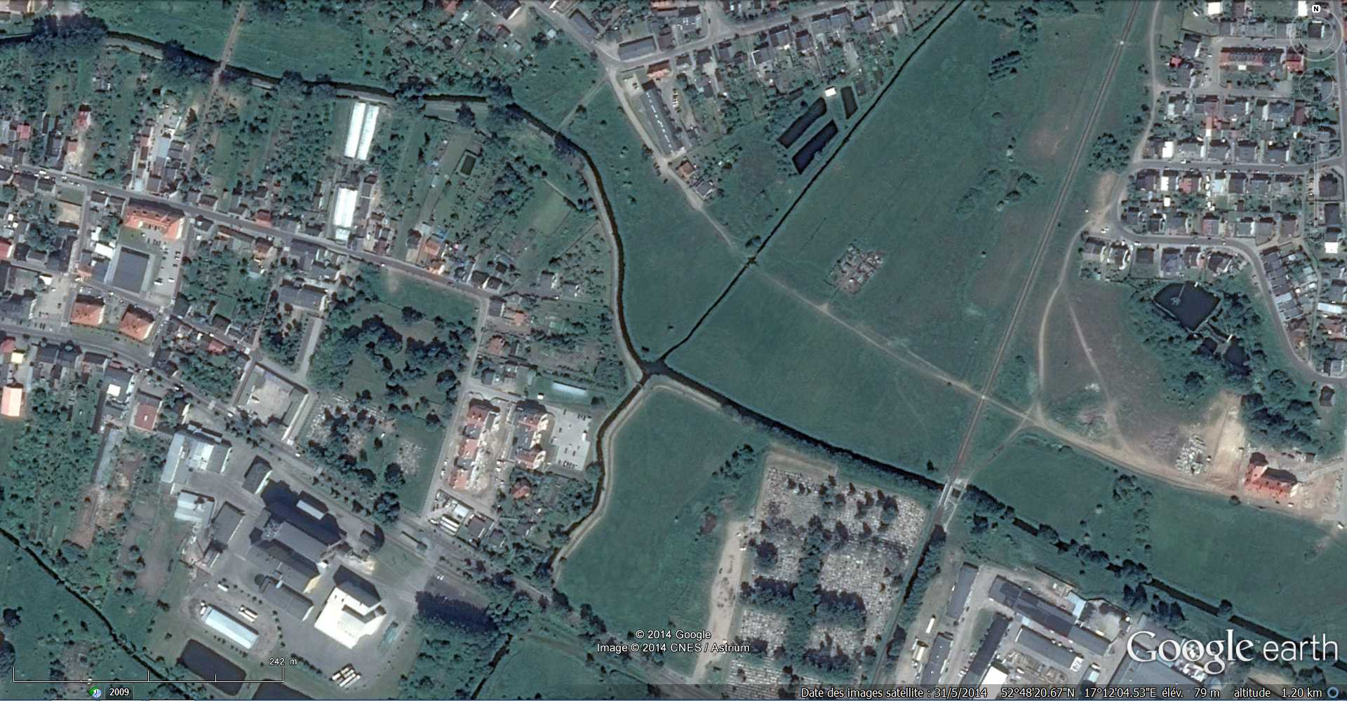 Croisement de rivières sans mélange des eaux - Wagrowiec - Pologne 2014-114