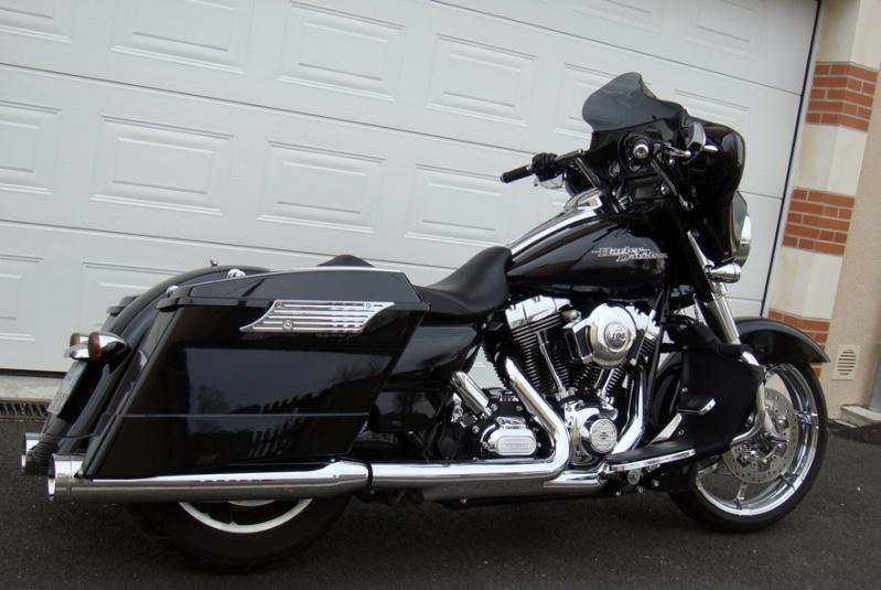 combien de STREET GLIDE  sur le forum Passion-Harley Dsc02713