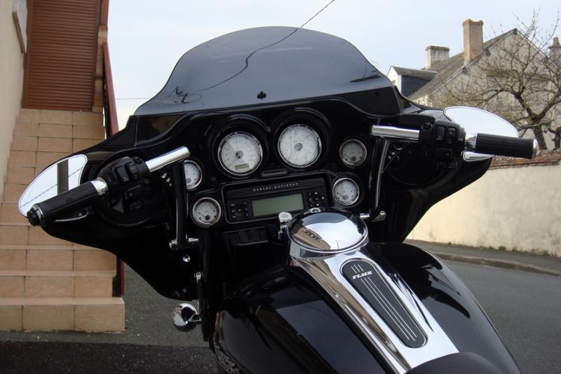 combien de STREET GLIDE  sur le forum Passion-Harley Dsc02714