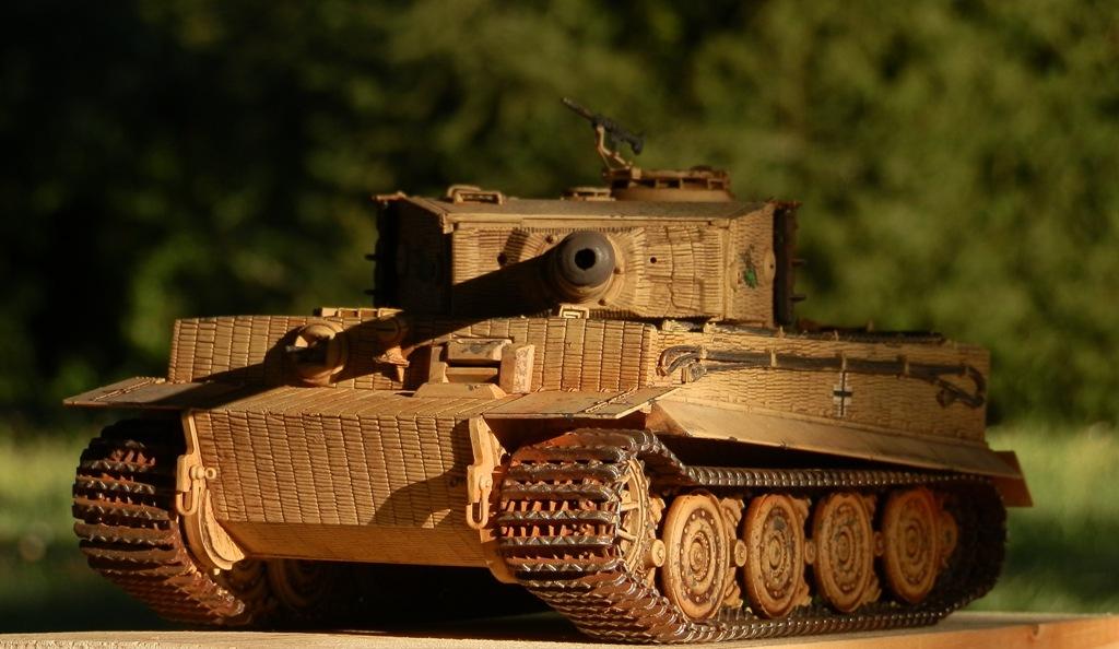 Tigre Ausf.E [Italeri 1/35 ref.6471] - Le Tigre de Mini-Rusty - Page 2 P8153212