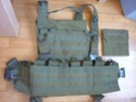 Sac, WSH, Chest, bouts d'Osprey, holster cuir et MP5 P1010819