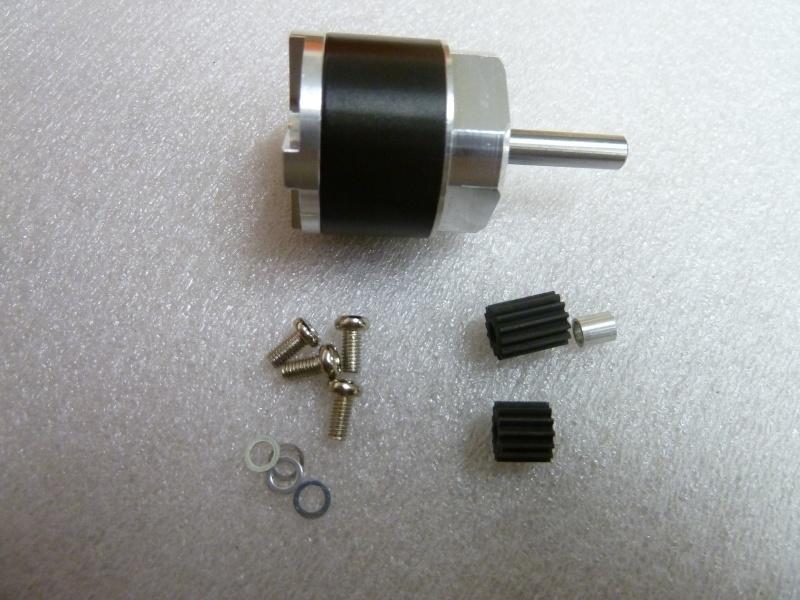 - petite motorisation avec réducteur Ammo P1020510