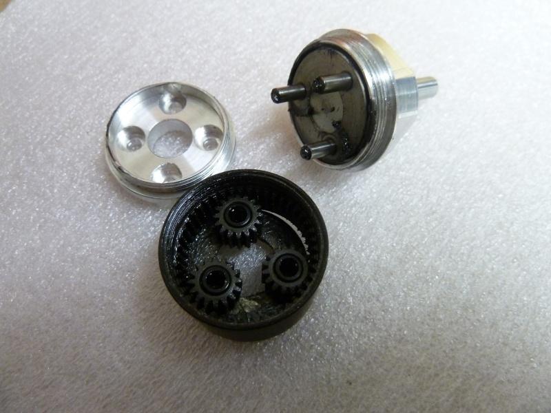 petite motorisation avec réducteur Ammo P1020511