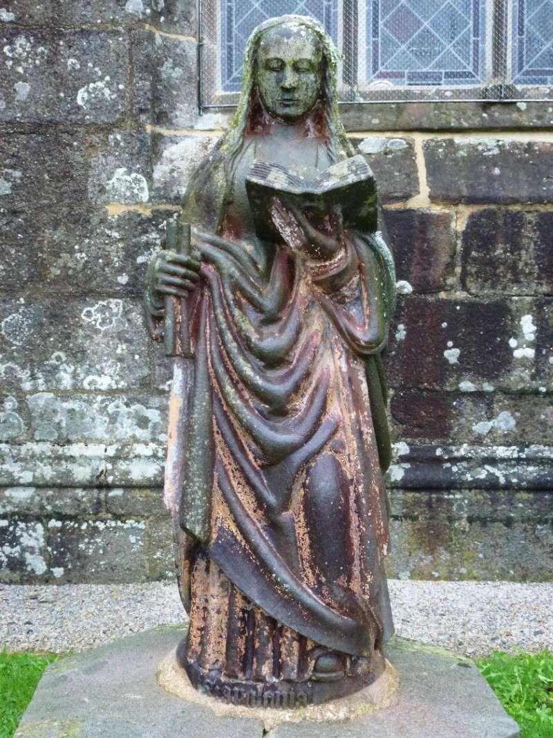 La statue de Sainte Apolline, à Brasparts P1040910