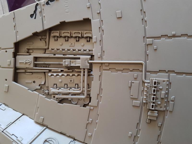 """La construction du """"Faucon Millenium"""" d'Altaya - Page 3 Altaya12"""