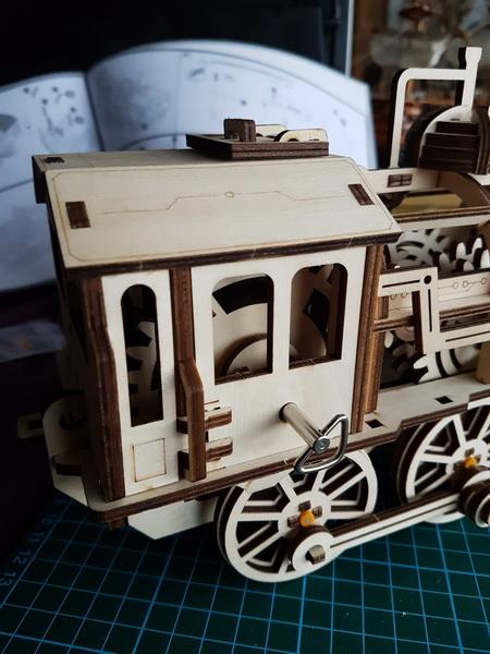"""La locomotive à vapeur en bois de chez """"Nature & Découvertese""""  - Page 2 M056_018"""