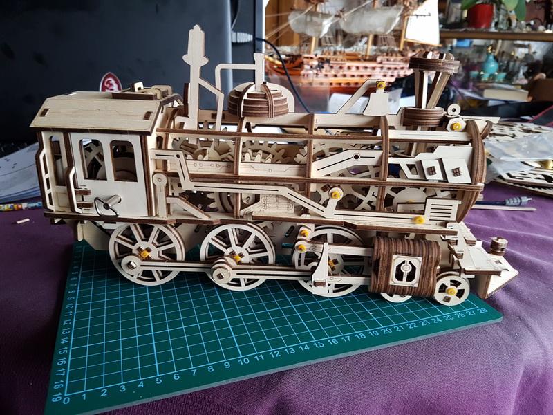 """La locomotive à vapeur en bois de chez """"Nature & Découvertese""""  - Page 2 M056_022"""