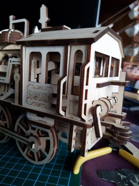 """La locomotive à vapeur en bois de chez """"Nature & Découvertese""""  - Page 2 M056_023"""