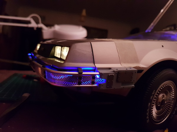 "La Delorean du ""Retour vers le futur""collection Eaglemoss au 1/8° - Page 3 M099_212"