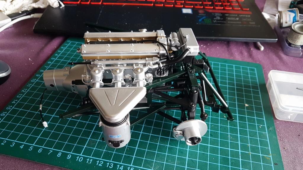 La Jaguar de type E par Altaya - Page 2 P08-3310