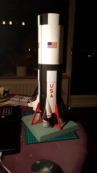 Montage de la fusée Saturn V pour le vol Apollo 11 - Page 6 P10_a114