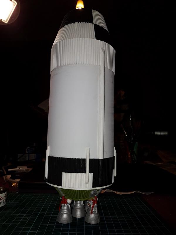 Montage de la fusée Saturn V pour le vol Apollo 11 - Page 7 P20_1611