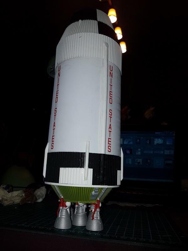 Montage de la fusée Saturn V pour le vol Apollo 11 - Page 7 P21_1011
