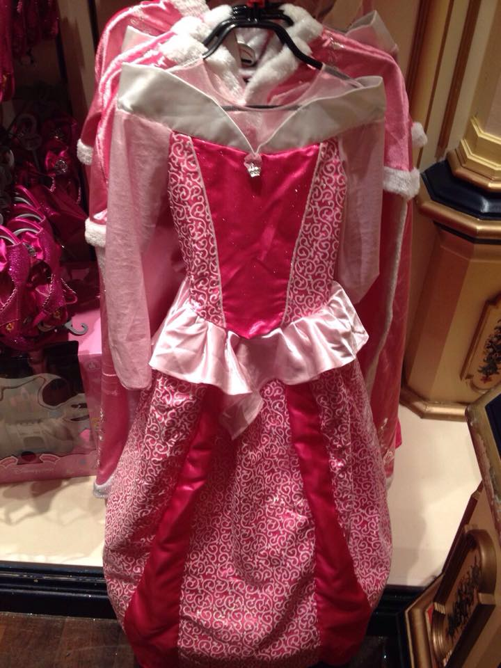 Robe de princesse - Page 10 17798410