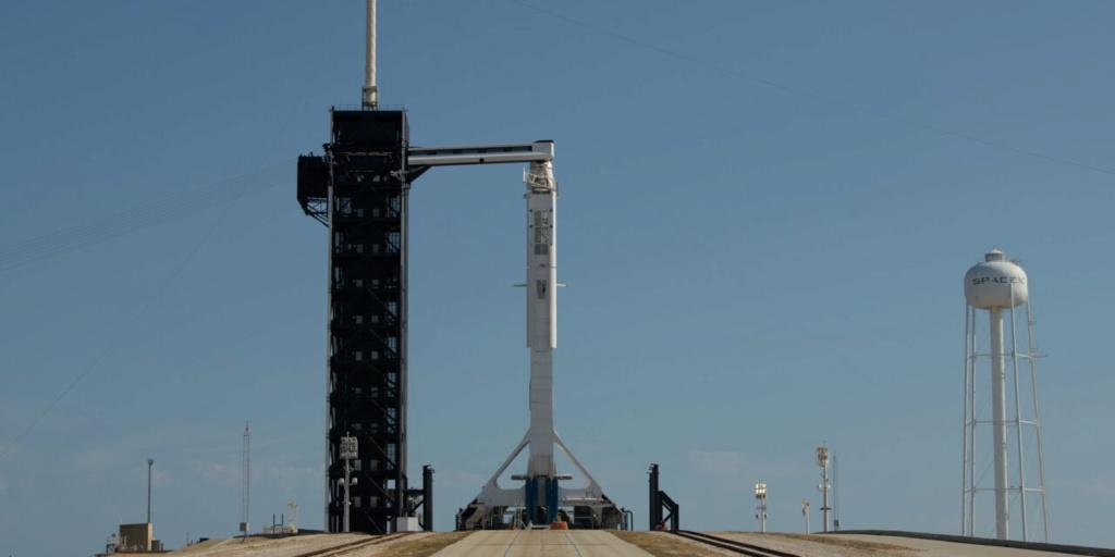 Dragon Manned / Falcon 9 missione umana in partenza dagli USA 21fde610